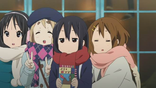A small mishap. Azusa thinks Yui likes her. Y'know...that way.